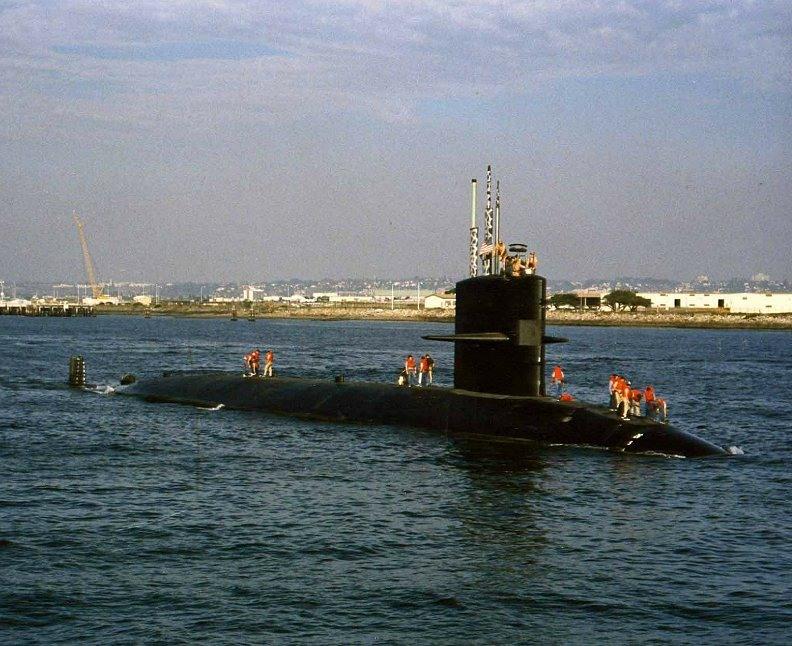 подводная лодка уходит в море ищи ее неизвестно где аккорды