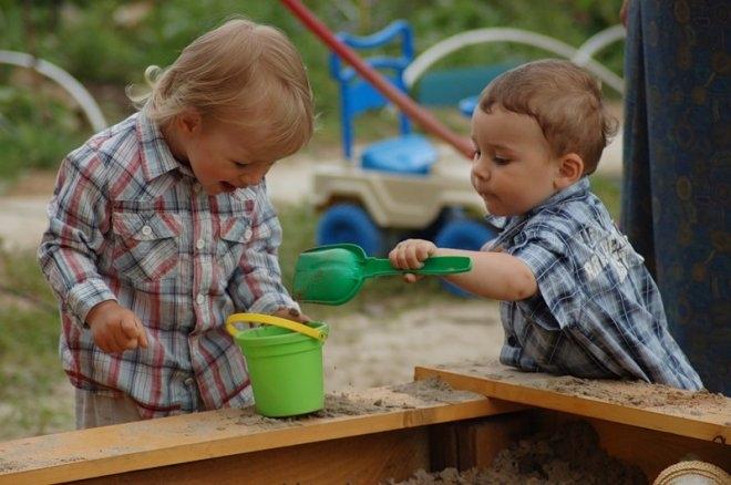 Нужно ли учить ребёнка давать сдачи?