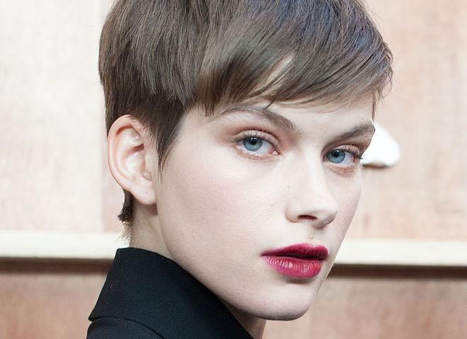 топ-10 бьюти-лайфхаков для идеального макияжа