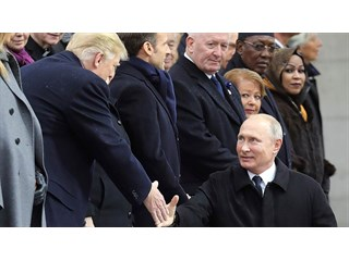 Визит Путина в Париж: говорить решительно не с кем