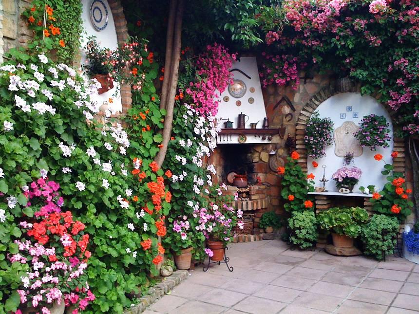 Кордова, цветочный Фестиваль патио