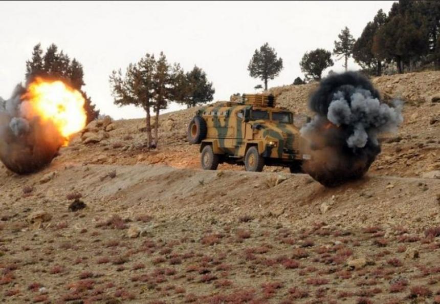 Сирийские «оппозиционеры» засняли бой с бородачами из ИГ под Аль-Бабом