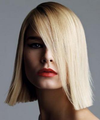 Стрижки с челками для блондинок фото