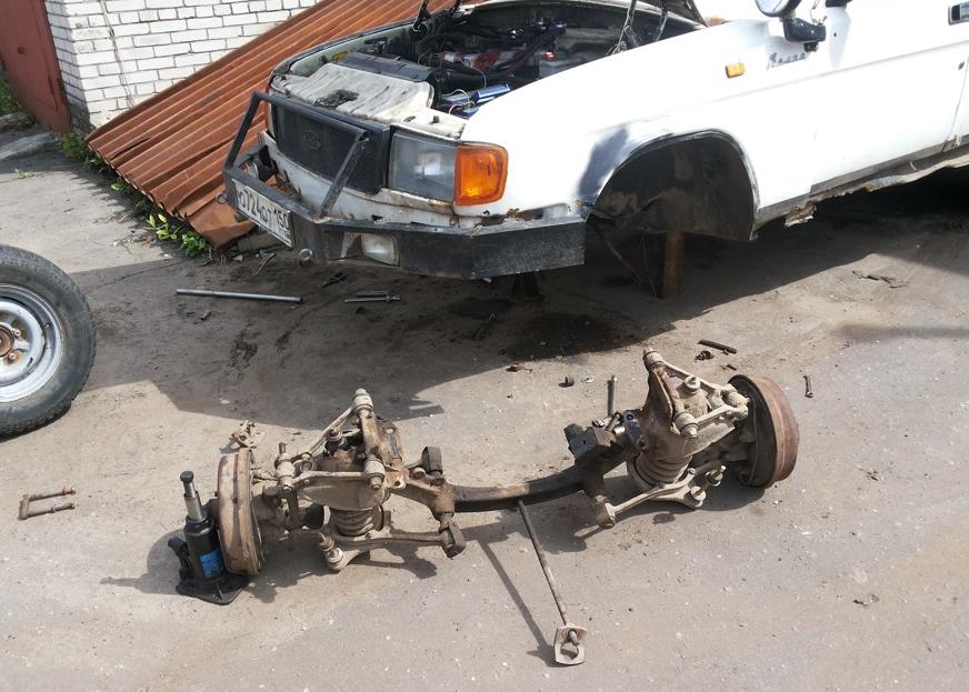 Увлекся ремонтом и из старого ГАЗ-31029 собрал вездеход