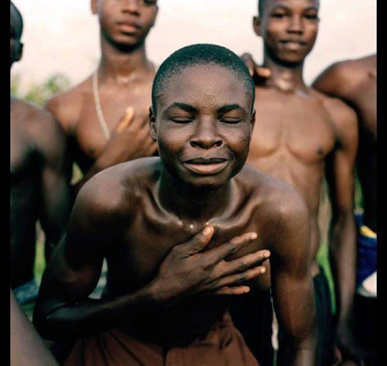 Существует одно африканское племя, которое имеет интересный обычай