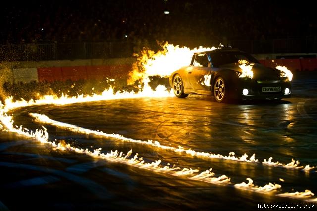 Всемирно известное шоу Top Gear Live