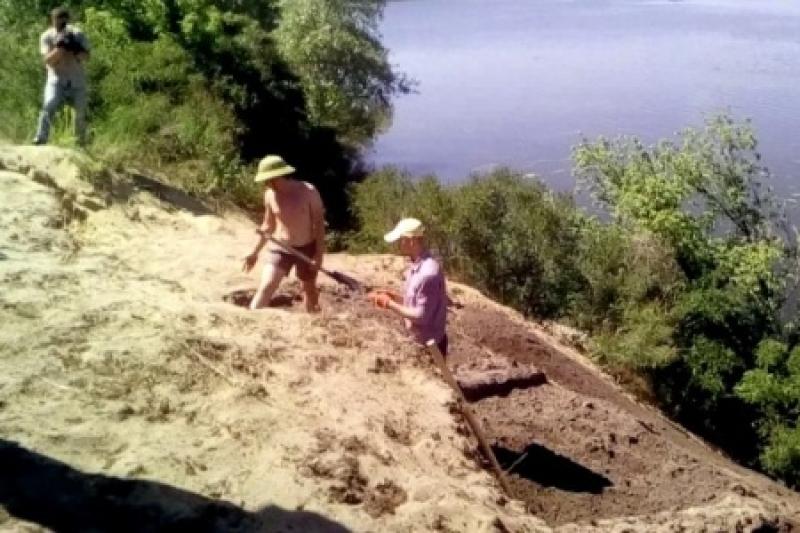 Украинские ученые нашли рядом с психбольницей Днепропетровска «объекты на тысячи лет древнее египетских пирамид»