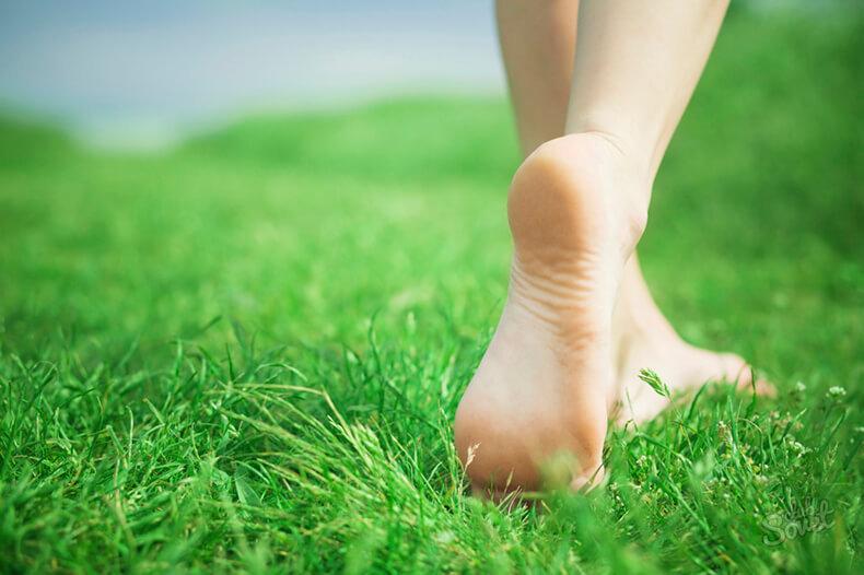 Постукивание пятками о пол: простой способ позаботиться о здоровье ног