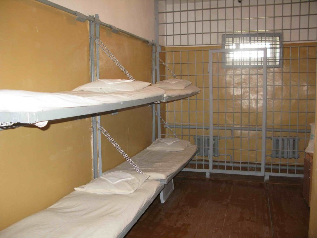 больше помещение камерного типав тюрьме всего