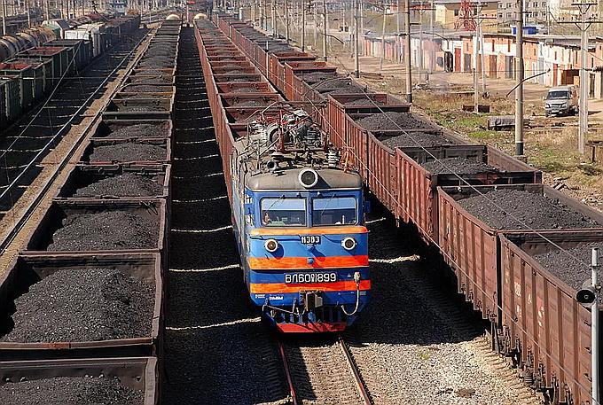 Украина начала закупку угля из Донбасса через Россию – в 2 раза дороже, чем раньше