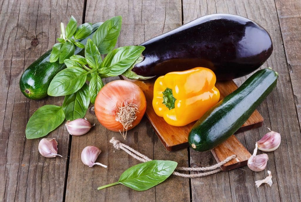 27 самых полезных щелочных продуктов, предотвращающих болезни сердца, ожирение и рак