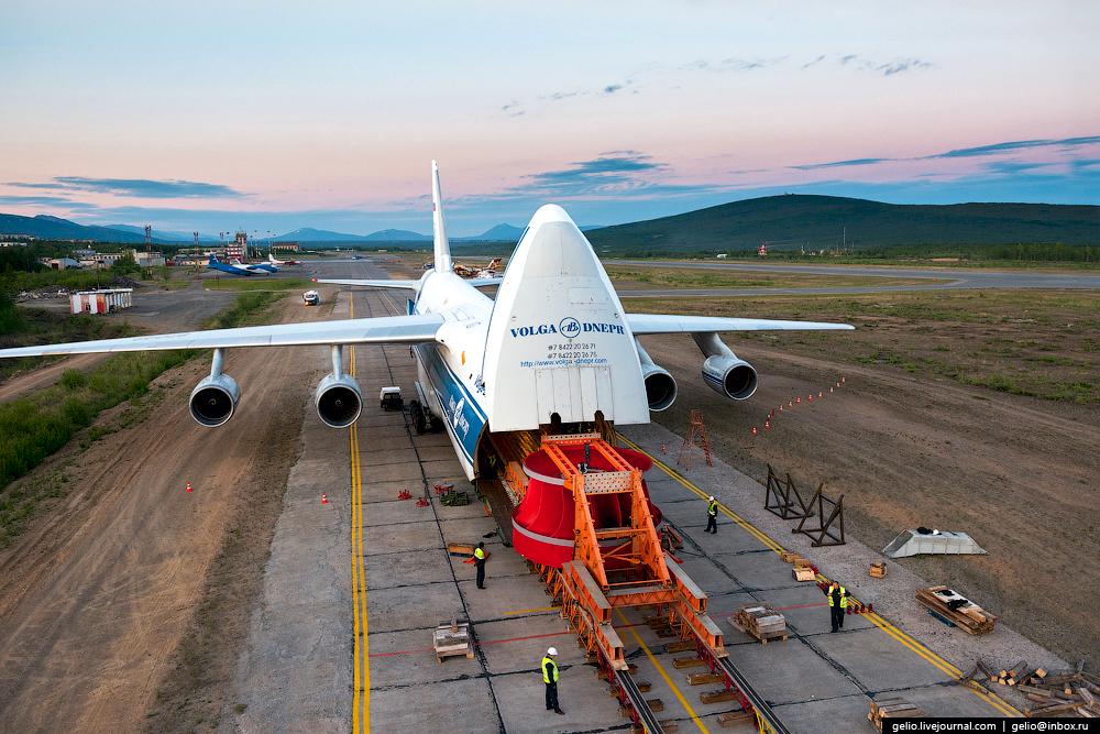 Ан-124 «Руслан» — самый большой в мире серийный самолёт. Авиакомпания «Волга-Днепр»