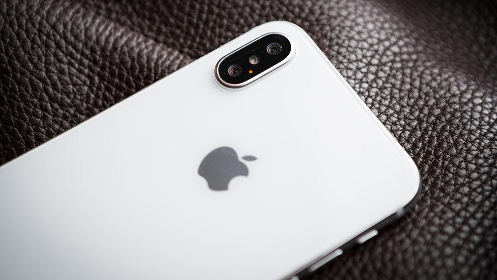 Стало известно о неприятном дефекте iPhone X