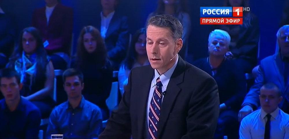 Майкл Бом пообещал постараться не засыпать во время ток-шоу на российском ТВ