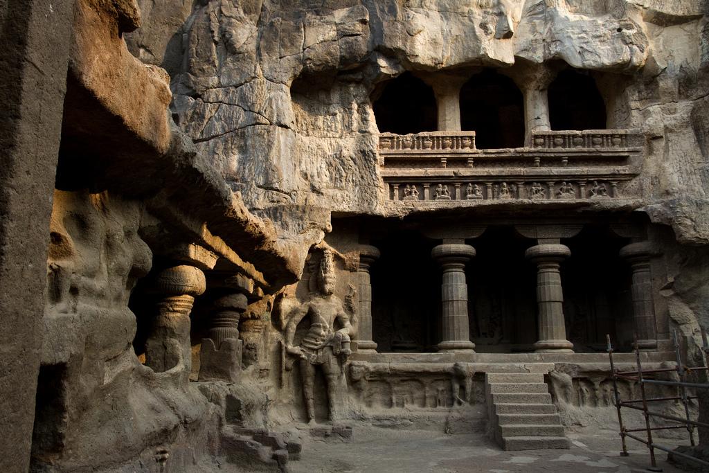 4609263293 b9ce026c79 b Уникальный храм Кайласанатха