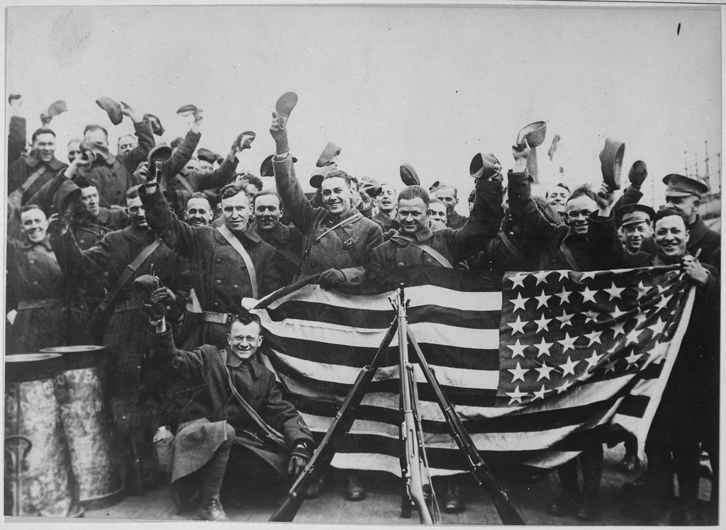 Страны запада поделили Россию еще в далеком 1917 году и направили свои войска осваивать «свою» землю. Иностранная интервенция в против Советской России (1917-1920).