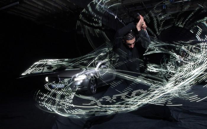 Путь светового меча. Инсталляции от Морица Вальдмеера (Moritz Waldemeyer)