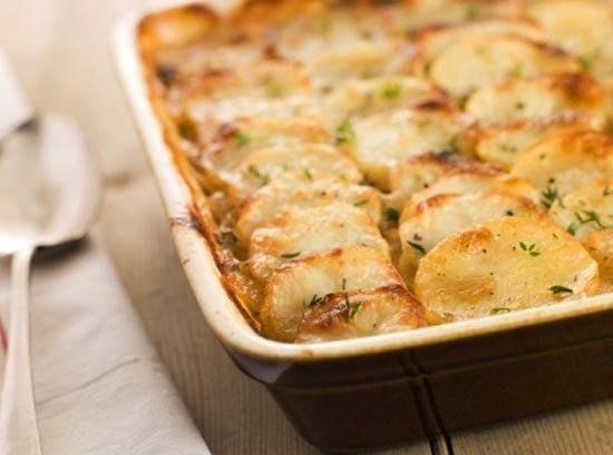 Запеченный картофель по-французски. Даже не сомневайтесь — это очень вкусно
