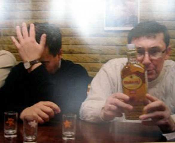 Луценко подвело отсутствие юридического образования: Адвокаты семьи Олеся Бузины переходят внаступление