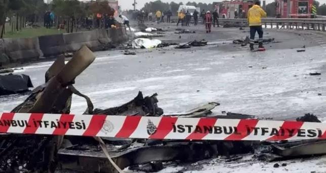 Вертолет с россиянами на борту разбился в Стамбуле
