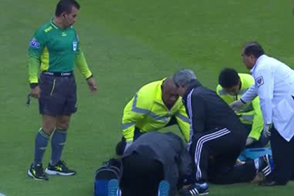 Футболист сборной Франции потерял память от удара по голове во время матча