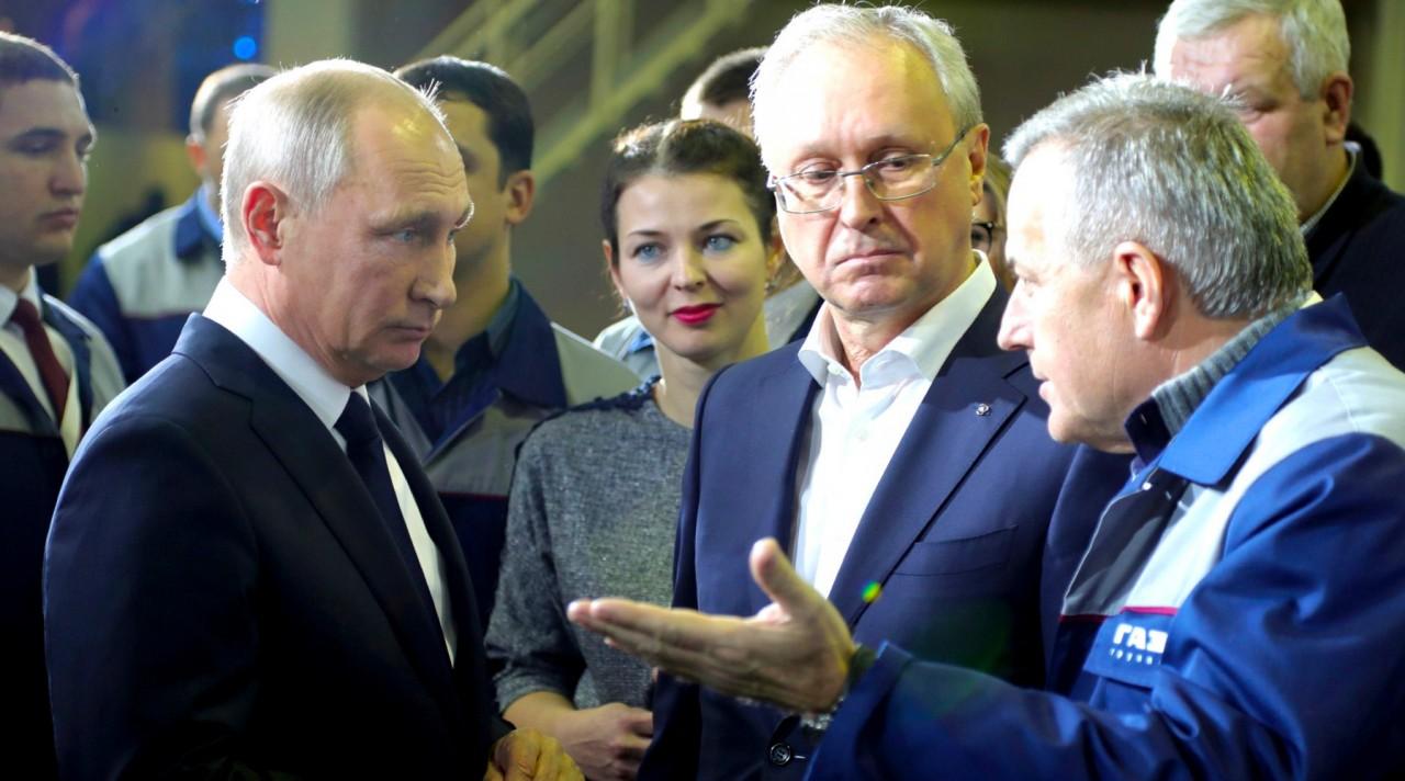 Рабочий момент: почему Владимир Путин заявил о своём выдвижении на выборах 2018 года в заводском цехе