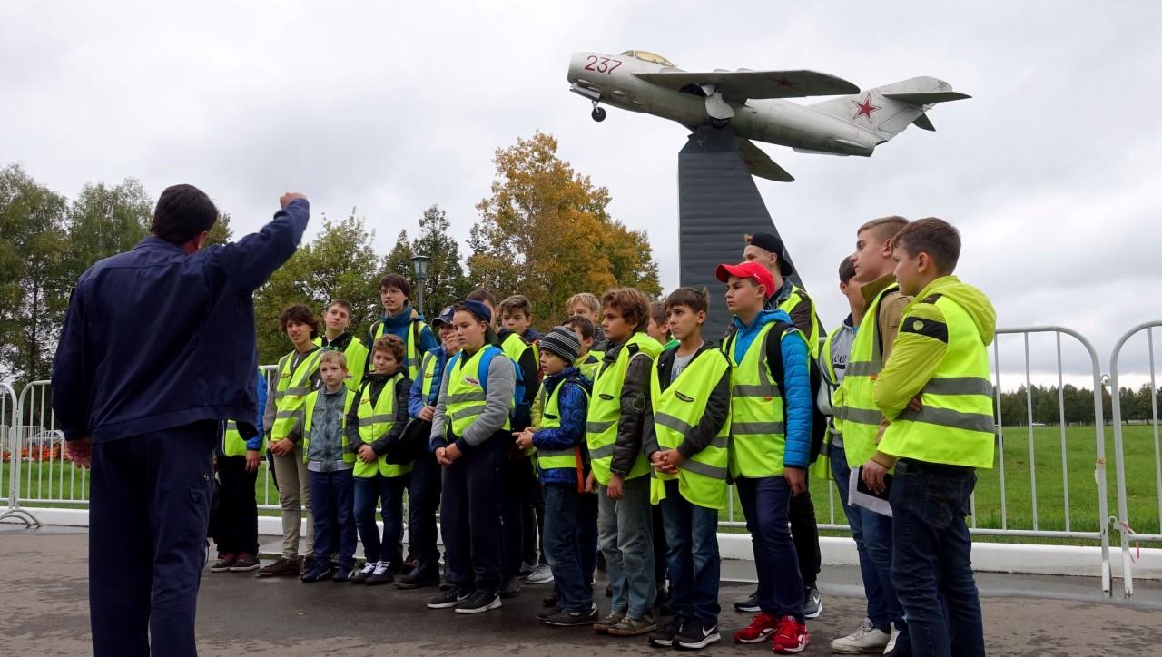 Курсанты «Авиатора» открыли учебный год и «закрыли» Армию-2016
