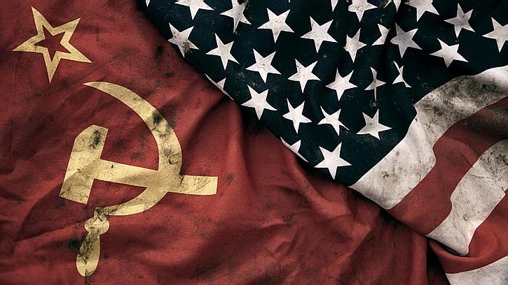 Запад признал Россию более серьезным противником, чем СССР