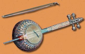 День музыкальных инструментов. Бамбир, Банджо, Бандонеон