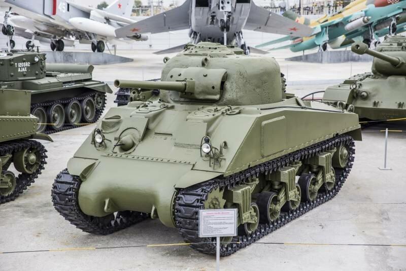 Танк М4 «Шерман». Извечный соперник Т-34