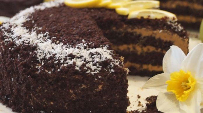 Самый шоколадный торт с карамельным кремом