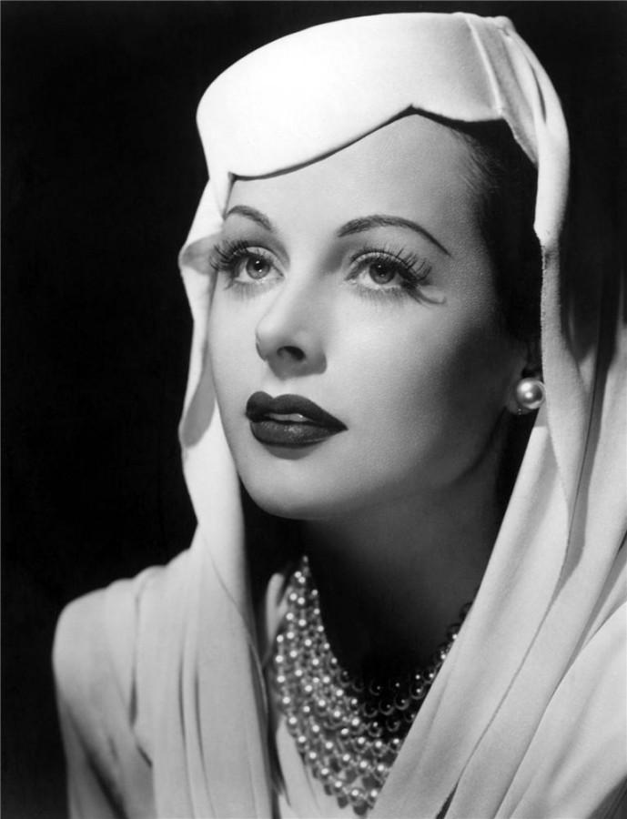 Уникальные фотографии звезды Голливуда Hedy Lamarr: наряды и аксессуары кинодивы