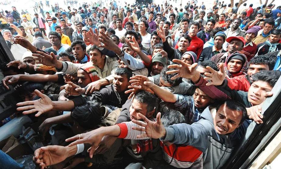 Мигранты настолько достали Австрию, что там готовы им заплатить за то, чтобы они уехали