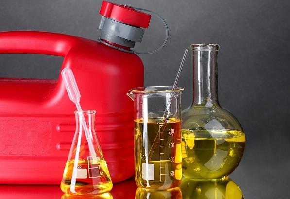 Как проверить бензин в баке в домашних условиях на качество?