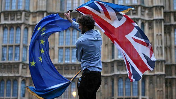 Британия отказалась от выхода из ЕС — но и остаться уже не может