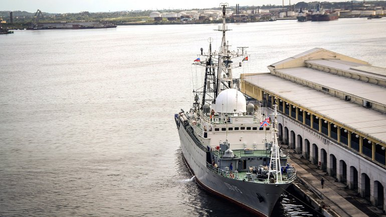 Американская база подводных лодок оказалась пуста