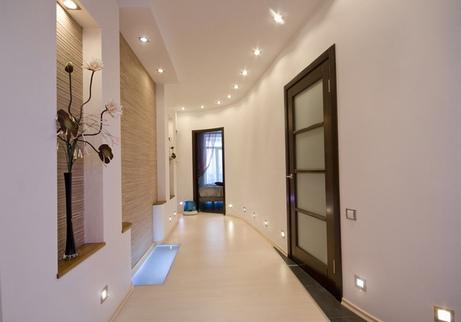 коридор с нишами