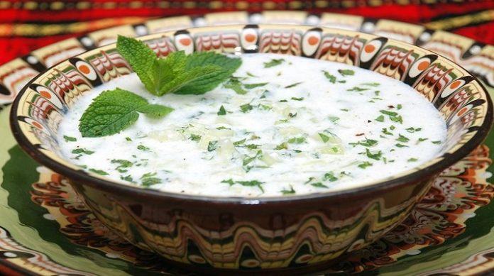 Необычный турецкий суп с огурцами