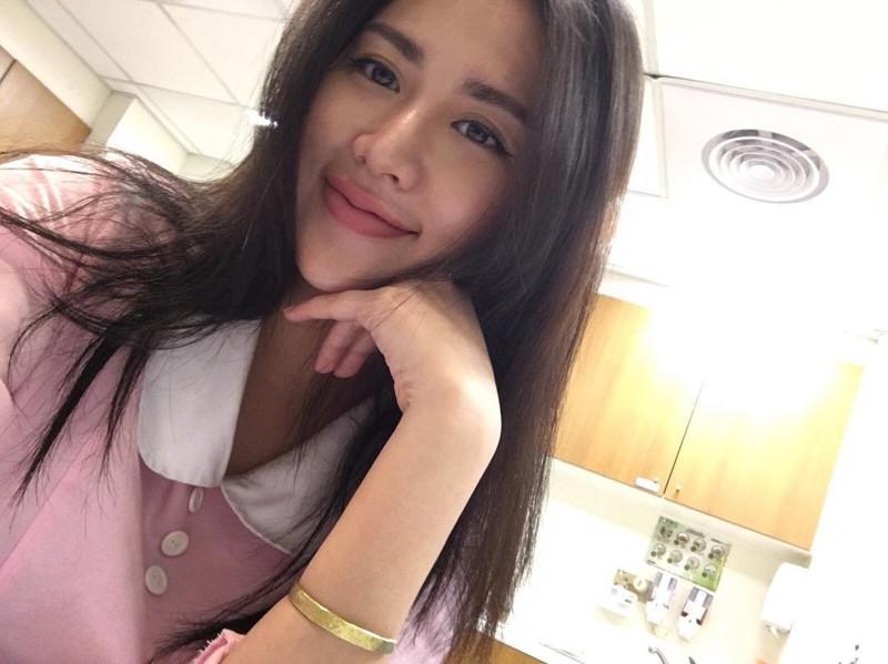 Медсестра из Тайваня за один день стала звездой инстаграма благодаря сексуальным фото Instagram, девушка, медсестра
