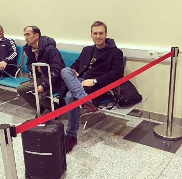 Оппозиционеру Алексею Наваль…