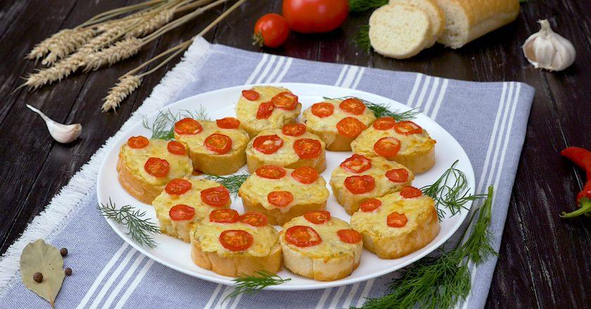 Горячие бутерброды: вкусный завтрак по новому рецепту