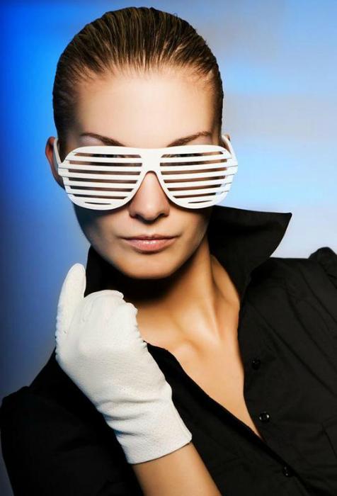 Имиджевые очки-жалюзи.   Фото: Шафа.