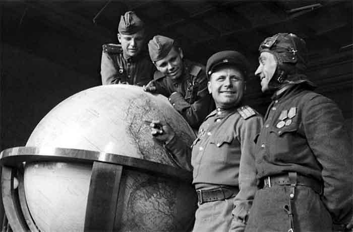 Дмитрий Беляев. Разрушение мифов. Как Сталин «по глобусу командовал»