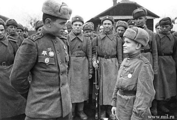6 января 1943 года были введ…