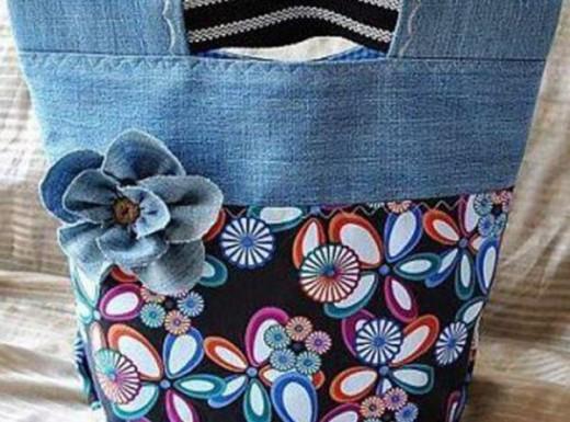 Больше не выбрасывайте  старые джинсы! Вторая жизнь джинсов в образе милых сумочек…
