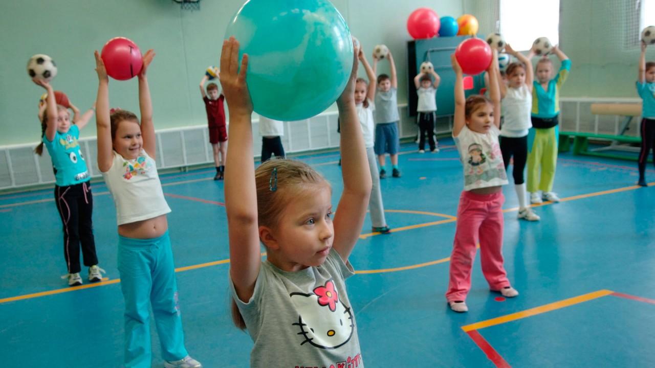 Госпрограмма защитит детей от несчастных случаев на физкультуре