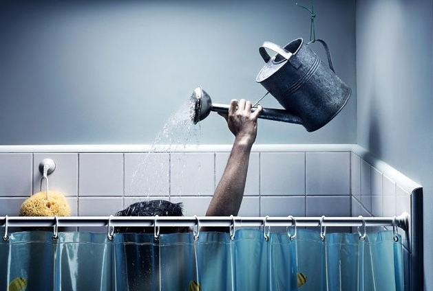 Как перестать терпеть летнее отключение горячей воды?