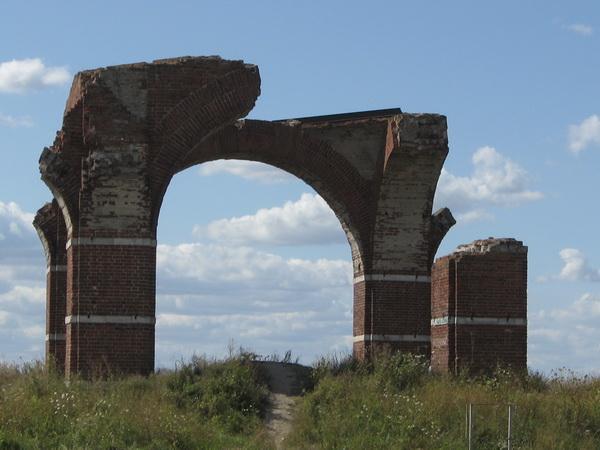 Развалины церкви, городище Старая Рязань