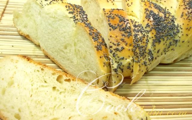 Плетенка с маком из советской булочной