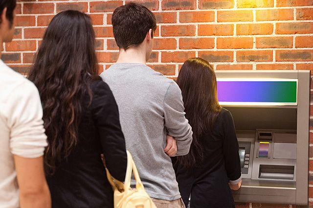 Коварный банкомат. Какие ошибки мы совершаем, когда снимаем деньги с карты
